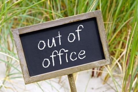 A hand written sign is not the best out of office message