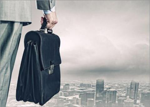 Thinking of Job Relocation? Consider the Pros and Cons